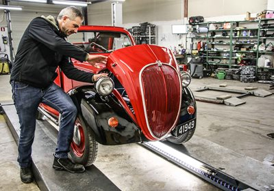 Technical inspection for classic cars and classic motorcycles